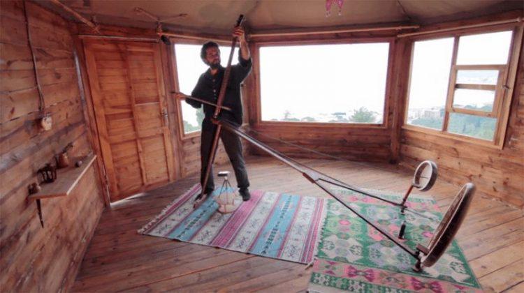 Турецкий музыкант создал музыкальный инструмент Yaybahar