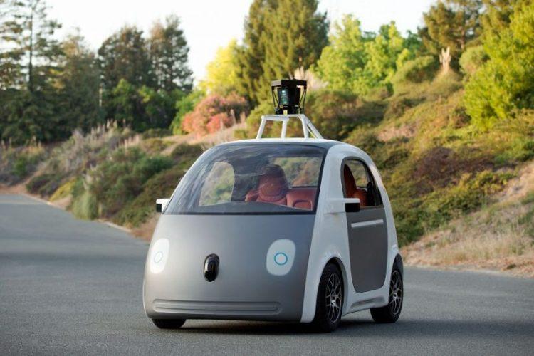 Беспилотник от Google готов к езде по городу