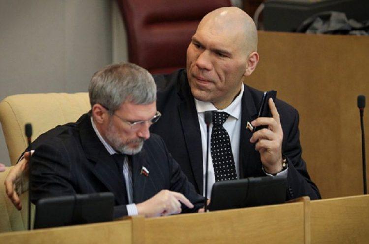 Депутаты Госдумы рассказали о своих идиотских законопроектах