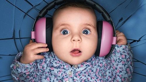 Названы основные причины ухудшения слуха