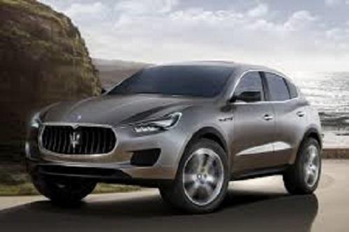 Maserati Levante покажут после Нового года