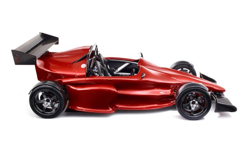 Quantum Performance Vehicles представила свою разработку - экстремальный суперкар GP700
