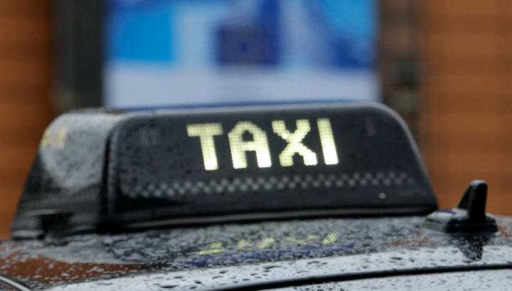 Американка должна пройти 50 километров пешком за неоплаченную поездку в такси