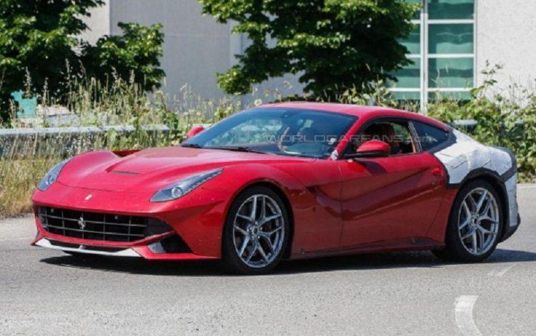 В сети стали доступны первые изображения обновленной модели Ferrari F12 М