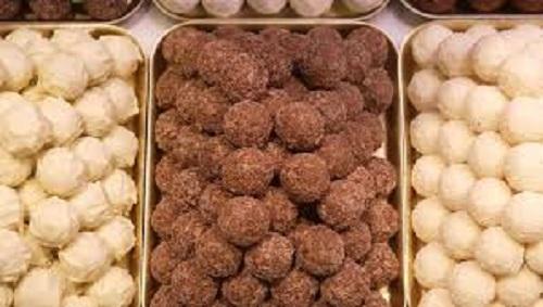Пробравшийся в фуру нелегал испортил шоколадные трюфели на 102 000 евро