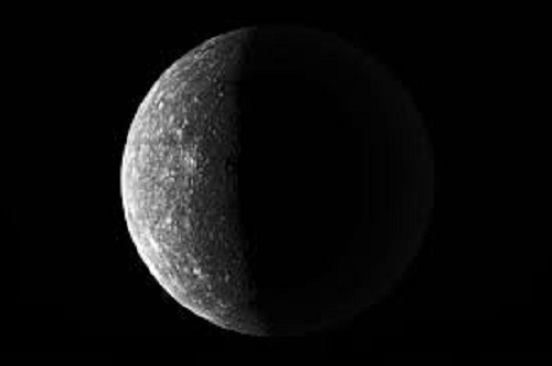 Китай планирует первым изучить обратную сторону Луны