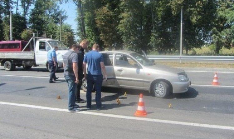 Открыто уголовное дело из-за обстрела автомобиля в Виннице