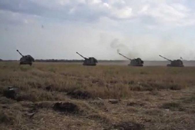 Боевики ДНР и ЛНР продолжают получать боевую технику с территории РФ