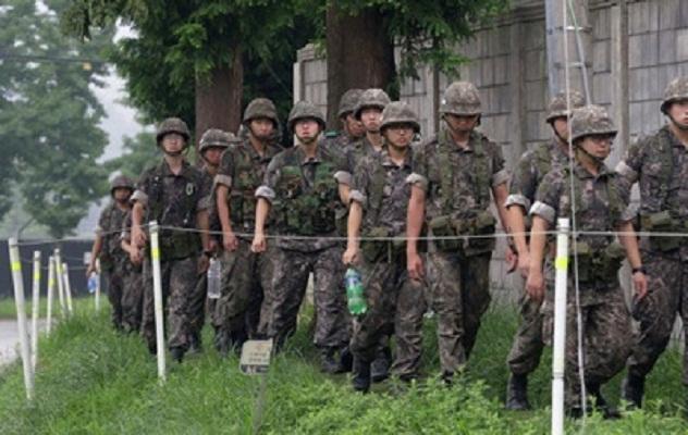 Совместные военные учения Южной Кореи и США возле границ КНДР подходят к завершению