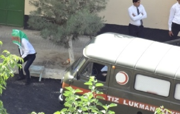 В Туркменистане три человека погибли, дожидаясь приезда президента