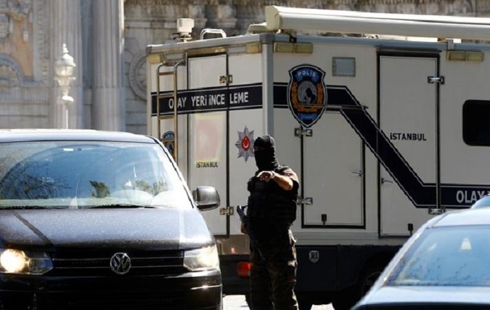 В Турции в результате нападений на военные машины погибли пять полицейских
