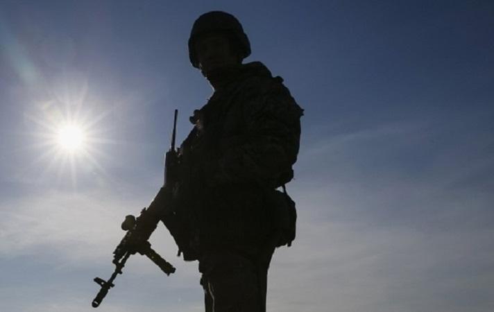 В Донецкой области арестовали солдата, стрелявшего в мирного жителя