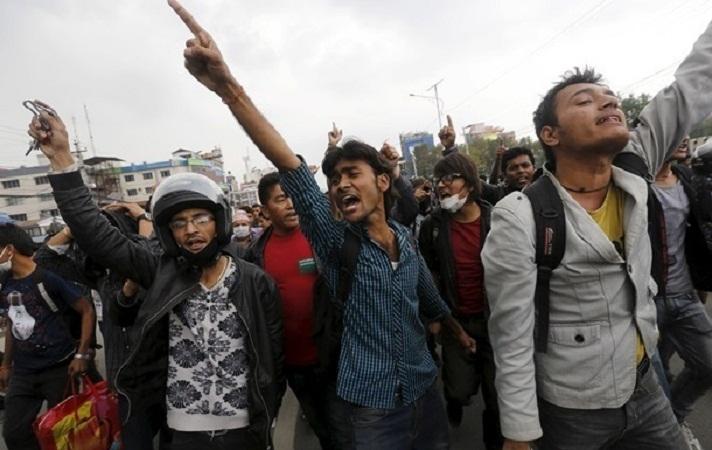В Непале из-за дефицита топлива призвали ограничить использование автомобилей