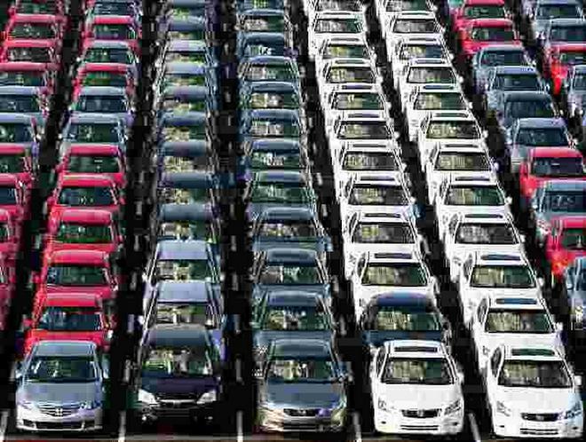 Стало известно, автомобили каких цветов предпочитают покупать украинцы