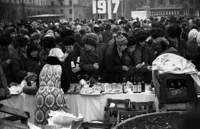 55 чернобелых фото из СССР: как жилось советскому труженику