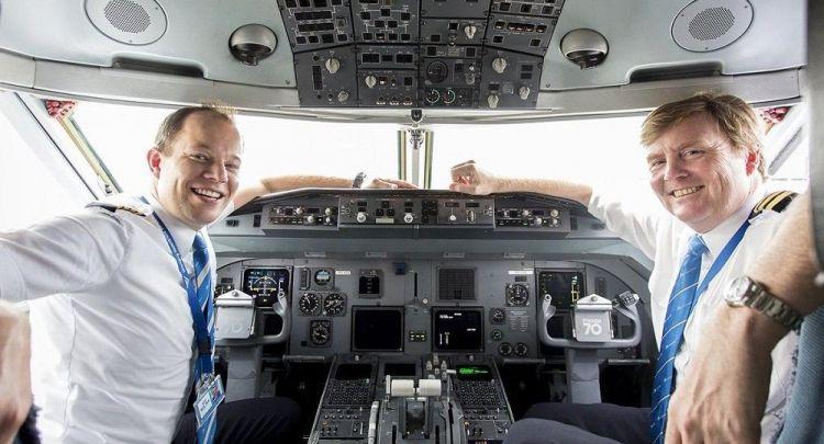 Почему король Нидерландов работает пилотом авиакомпании «KLM»?